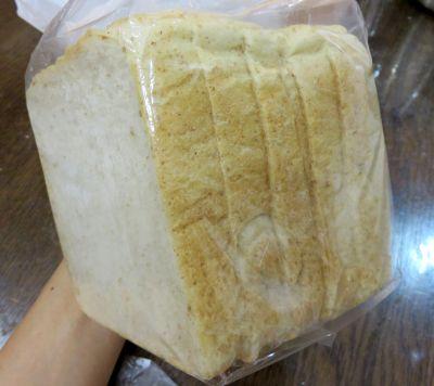 トイチ食パン_400